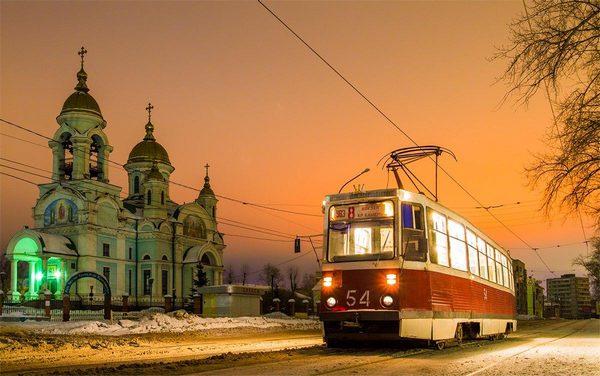 Трамвайная экскурсия по городу